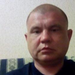 Парень ищет опытную девушку/женщину в Хабаровске