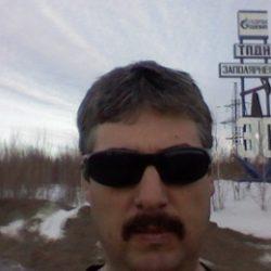 Парень хочет найти девушку в Хабаровске для встреч